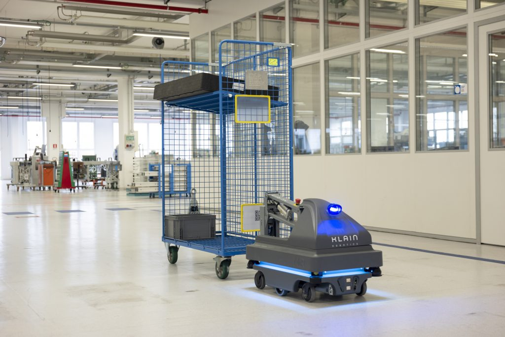MiR mobile robot